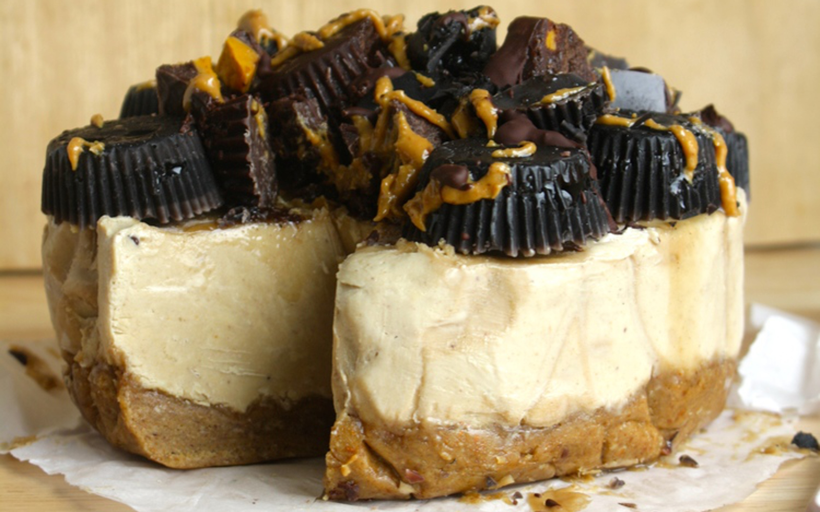 Vegan Dark Chocolate Tofu Cheesecake with Peanut Butter Pretzel Crust