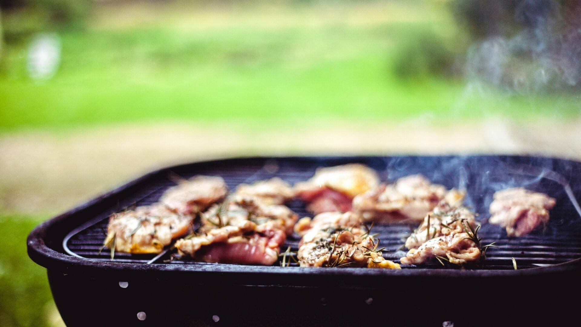 Seven Features that Make the Kamado Joe Classic II Charcoal Grill Great